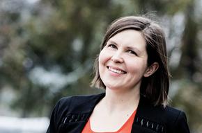 "OK Perintä har haft PostNord Strålfors som leverandør i snart et år. Skiftet foregik ukompliceret. ""Vi kunne flytte vores filer direkte over i PostNord Strålfors' system"", siger Jennie Flink, OK Perintäs driftsdirektør."